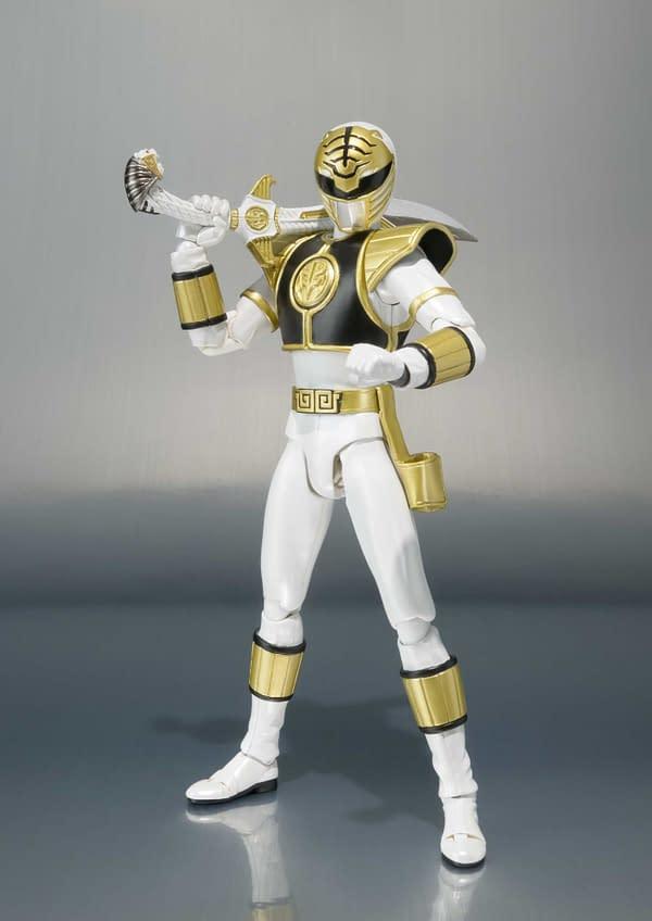 SH Figuarts Power Rangers White Ranger 4