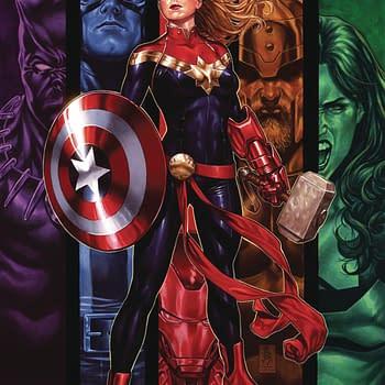 Captain Marvel is Worthy to Lift Thors Hammer Mjolnir &#8211 Canon