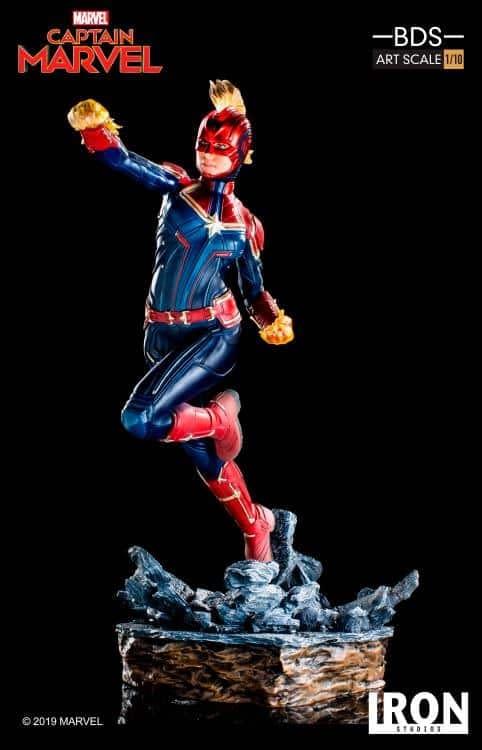 Captain Marvel Iron Studios Statue 1