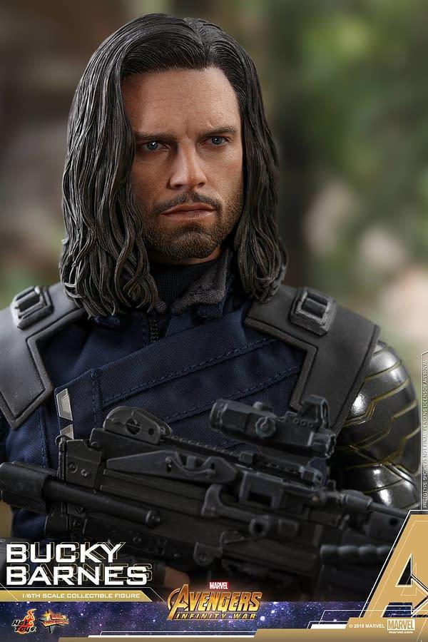 Bucky Barnes Infinity War Hot Toys 5