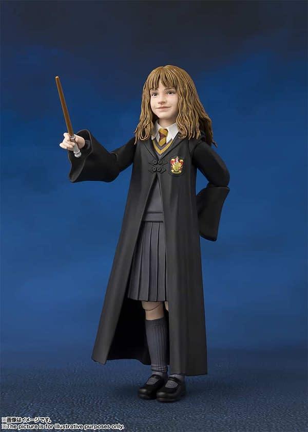 SH Figuarts Harry Potter Hermione 4