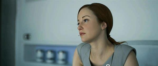 Andrea-Riseborough-stars-as-Victoria-in-Oblivion-Movit.net_