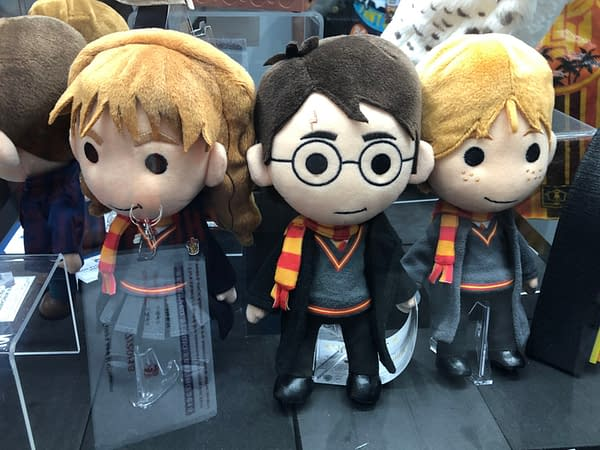 70 Pictures from the Quantum Mechanix Booth at SDCC – Q-Figs, Star Trek, Pennywise!