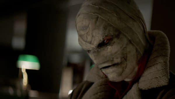 Gabriel Mann dans le rôle de Hush dans Batwoman, gracieuseté de The CW.