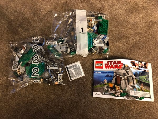 LEGO Star Wars Ahch To Training Set 4