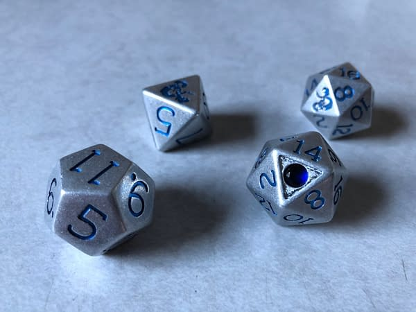 Review: Dungeons & Dragons Sapphire Anniversary Dice Set