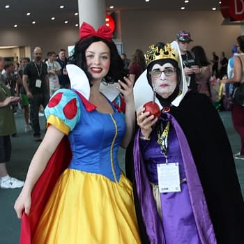 148 More Cosplay Pics from San Diego Comic-Con 2018 – From Handmaids to Incredibles