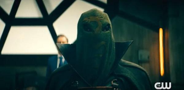 Dragon King fait son entrée sur Stargirl, gracieuseté de The CW.