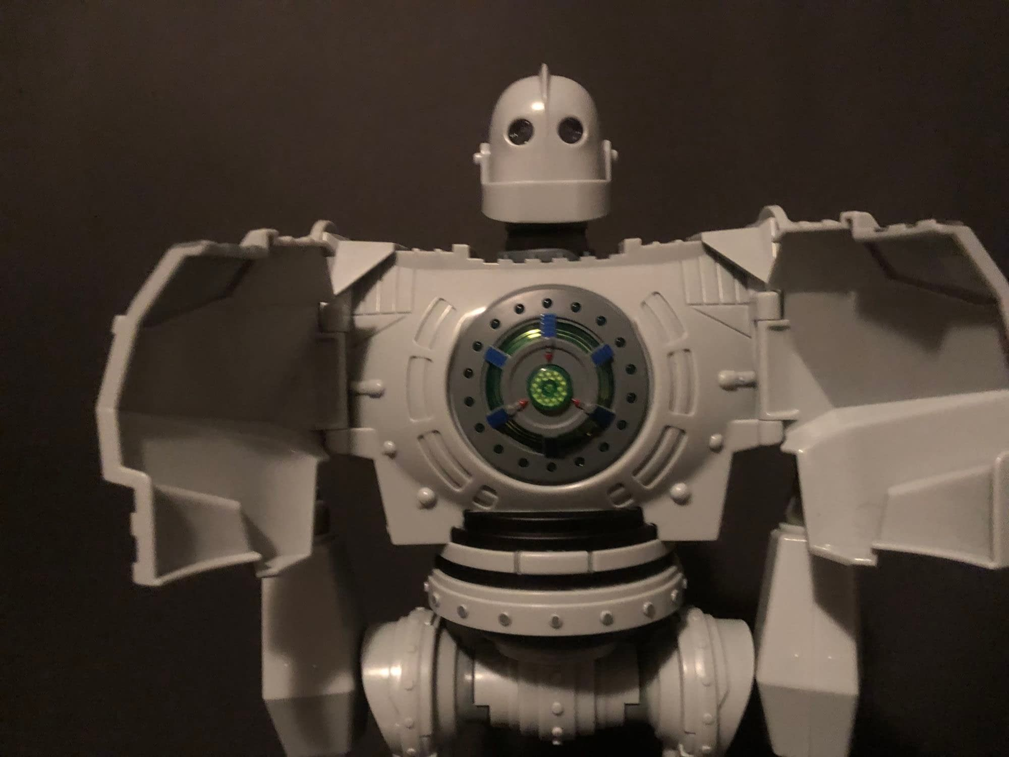 """The Iron Giant"" Stands Tall With New Walmart Exclusive Goldlok Figure"