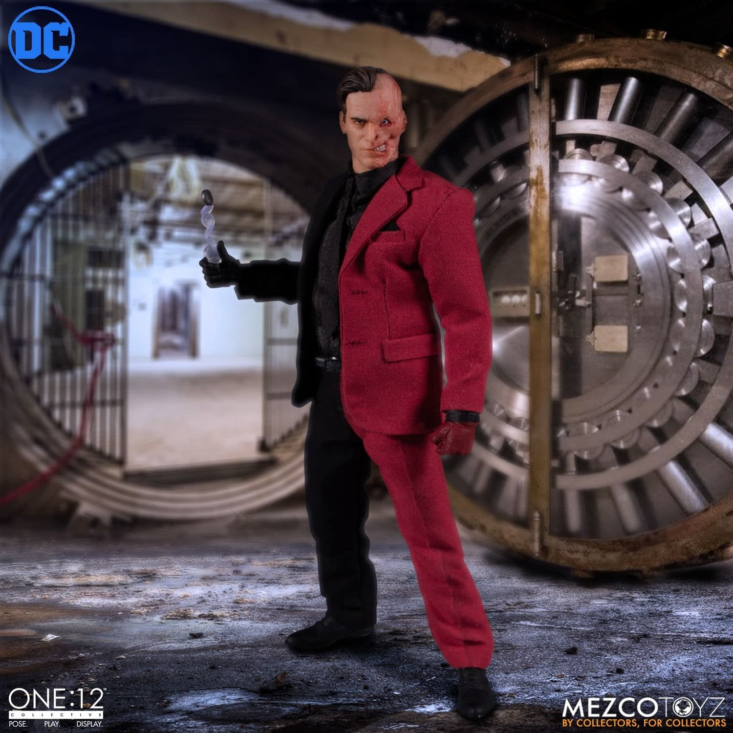 Two-Face Tries His Luck With New Mezco Toys One:12 Figure