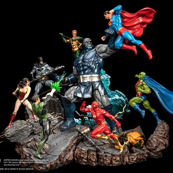 Justice League vs Darkseid Battle Diorama Statues from XM Studios