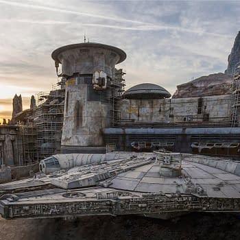 Star Wars: Galaxys Edge Disneyland- The Falcon is Done
