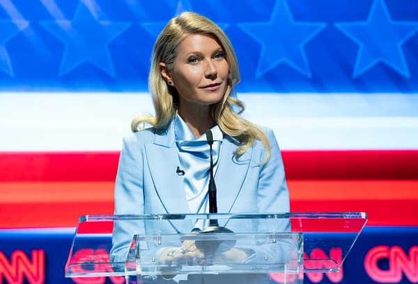 THE POLITICIAN GWYNETH PALTROW as GEORGINA HOBART in episode 1 of THE POLITICIAN. Cr. NICOLE RIVELLI/NETFLIX © 2020