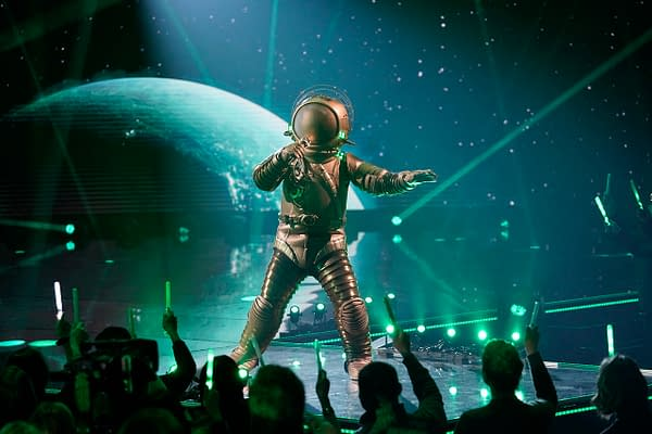 The Astronaut on The Masked Singer, courtesy of FOX.