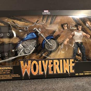 Marvel Legends Wolverine and Bike 1