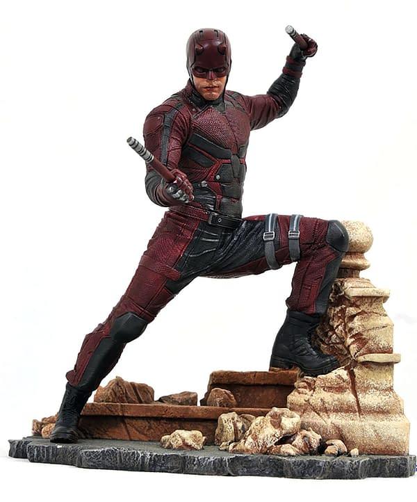 Gamestop Daredevil Gallery Statue 1