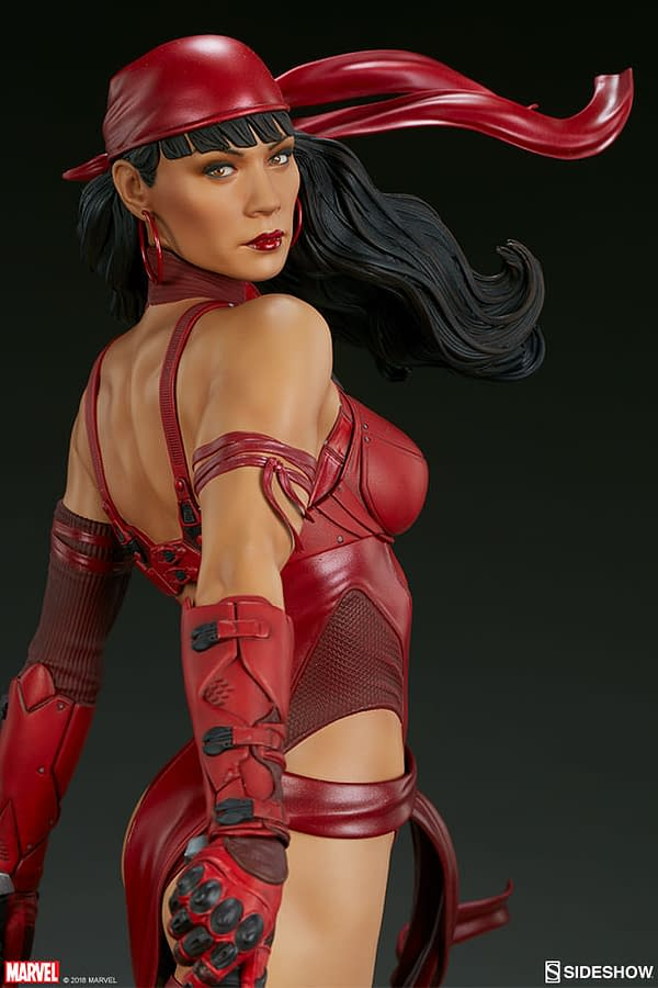 Sideshow Collectible Premium Format Figure Elektra 11