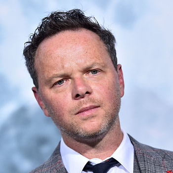 "Noah Hawley to Write and Direct ""Star Trek 4"""