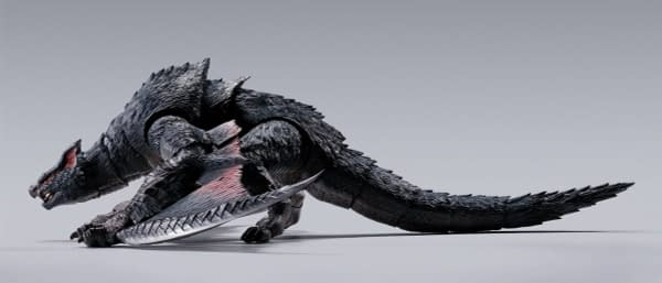 Monster Hunter x SH Figuarts Nargacuga Monsterarts