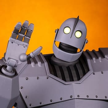 The Iron Giant Brings the Power With New Mondo Figure