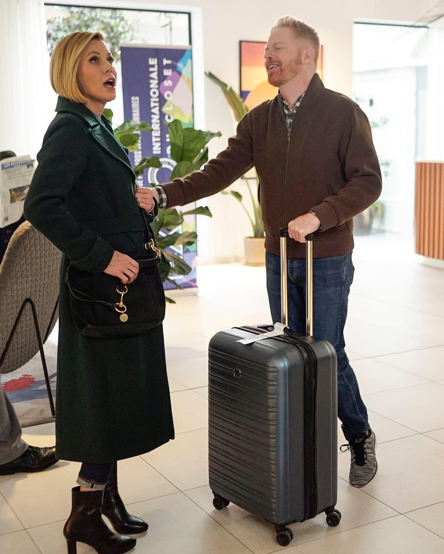 """Modern Family"" Season 11 ""Paris"": The Romantic Saga of ""Julianna & Clive"" Continues… [PREVIEW]"