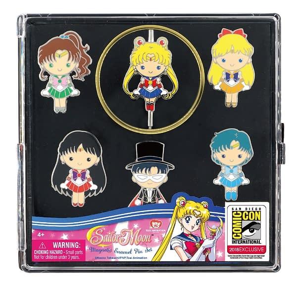 Monogram SDCC Exclusive Sailor Moon Pin Set