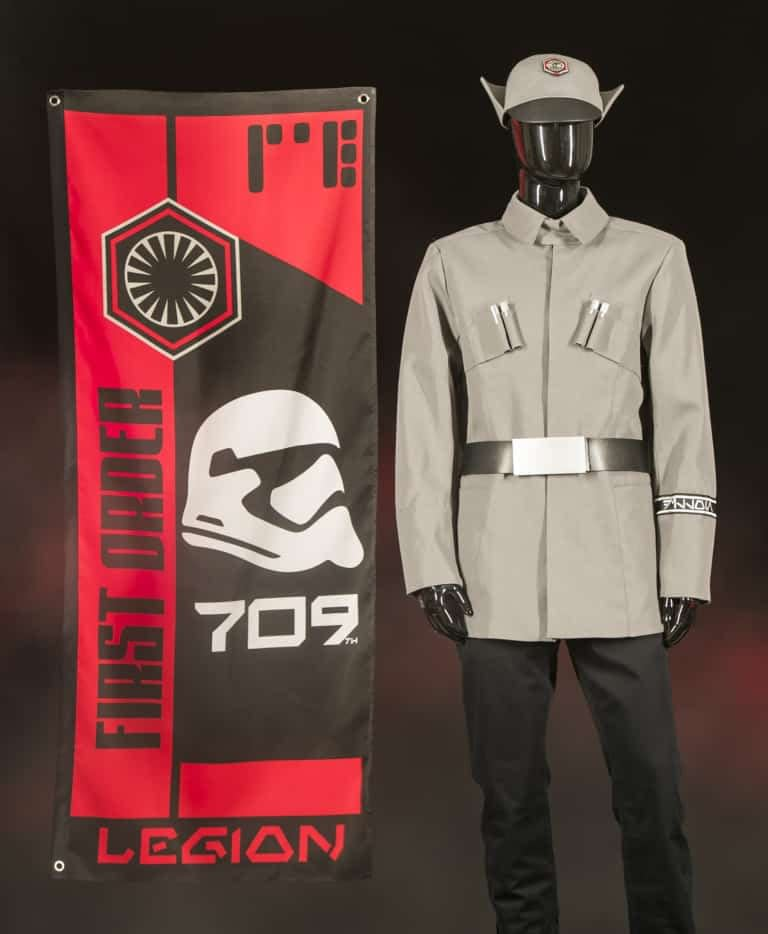 Star Wars: Galaxy's Edge Merchandise 4