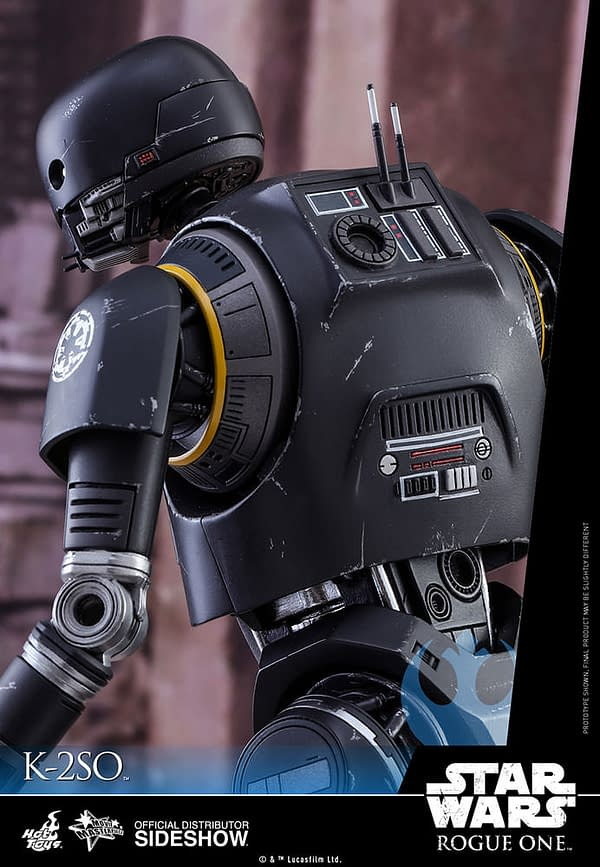 star-wars-k-2so-sixth-scale-hot-toys-902925-06