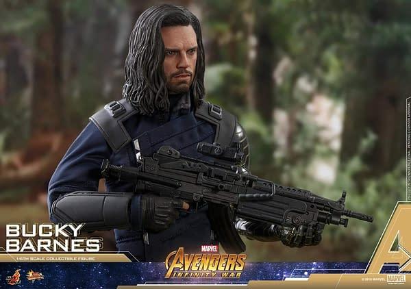 Bucky Barnes Infinity War Hot Toys 14