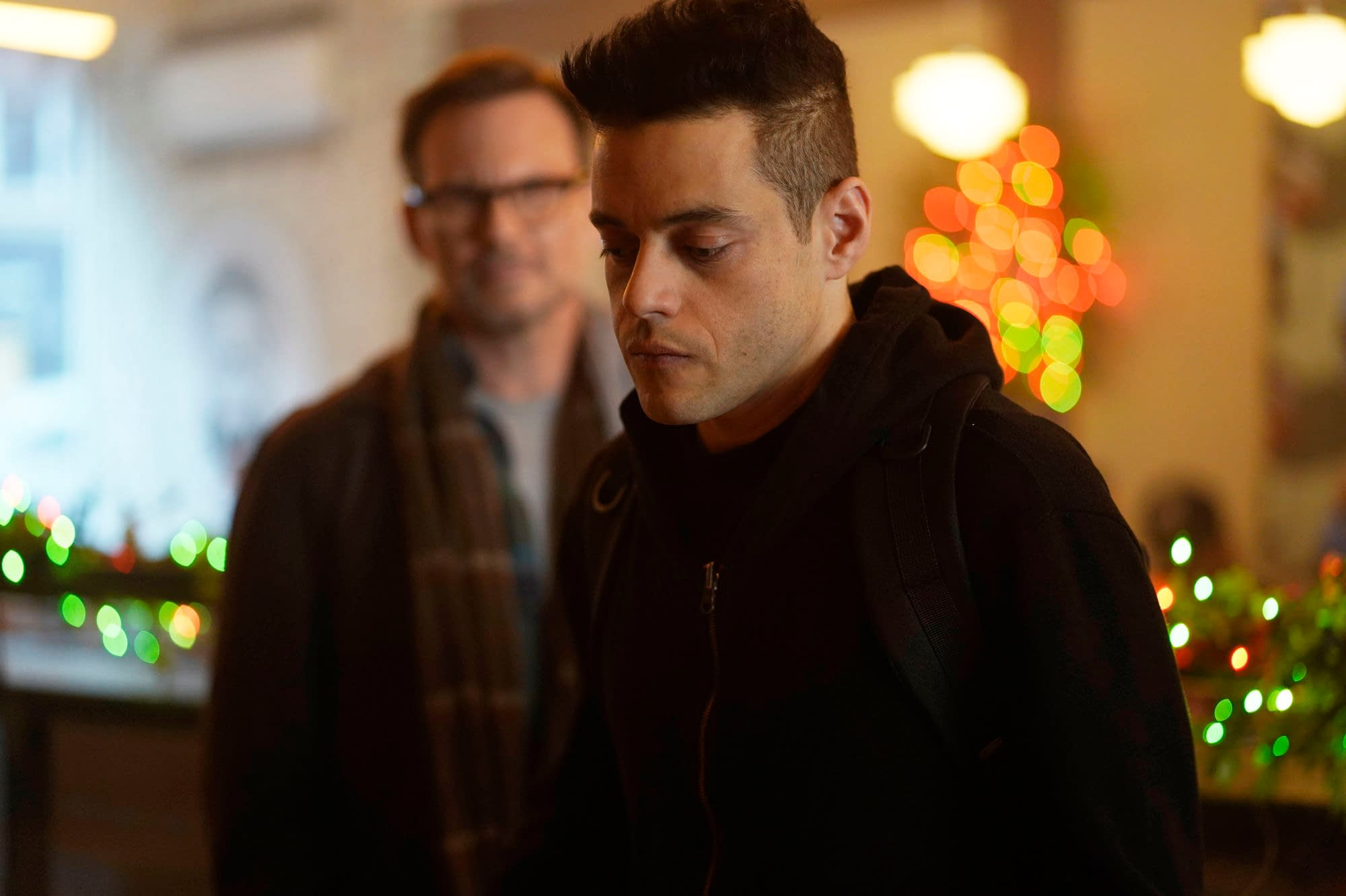 """Mr. Robot"" Season 4 ""406 Not Acceptable"": Elliot Resorting to Dark Army-Like Tactics Has Us Feeling Certain Ways [SPOILER REVIEW]"