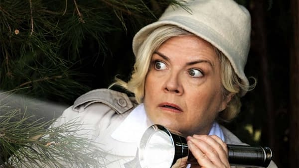 Paula Pell in Mapleworth Murders (Image: Quibi).