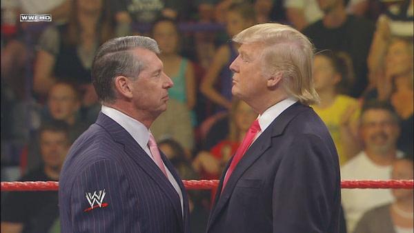 Vince McMahon et Donald Trump dans un face-à-face avec la permission de la WWE.