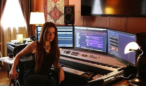 Stargirl composer Pinar Toprak in the studio (image courtesy P. Toprak).
