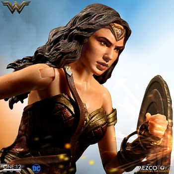 I Am In Love With The Mezco Toyz One:12 Collective Wonder Woman