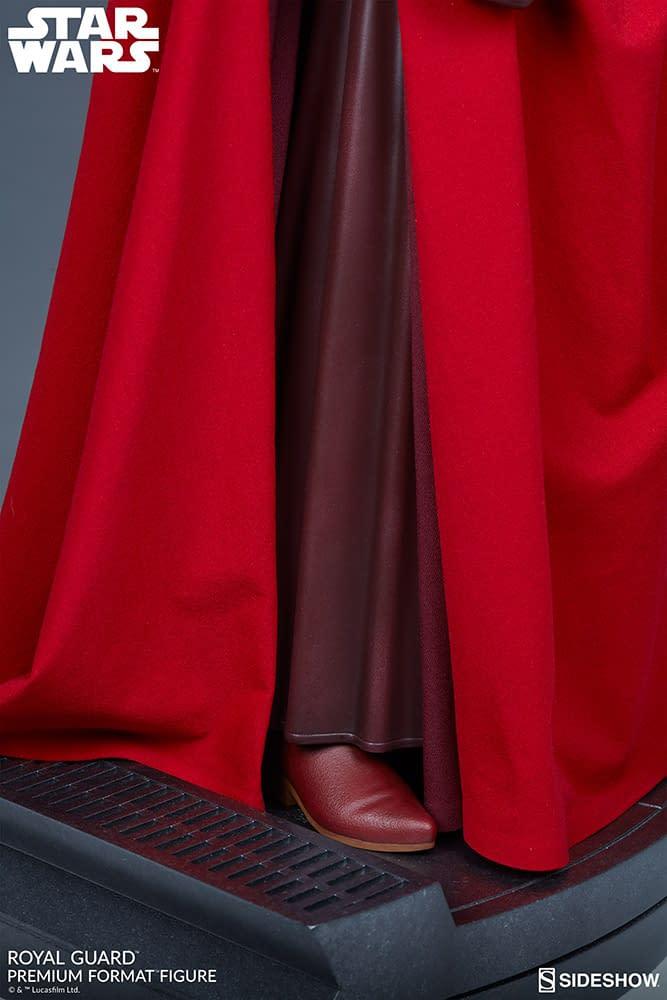 Sideshow-Royal-Guard-Statue-007