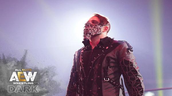 Jimmy Havoc fait son entrée sur Dark, gracieuseté d'AEW.