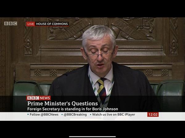 Aujourd'hui, l'heure des questions du Premier ministre est devenue semi-virtuelle.