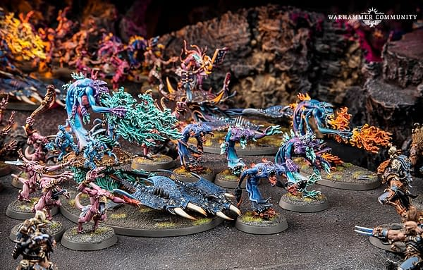 A shot of the Chaos Daemons of Tzeentch in Warhammer 40,000 by Games Workshop.
