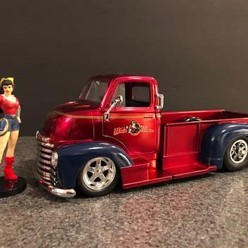 DC Bombshells Jada Toys Hollywood Rides Car Week: Wonder Woman