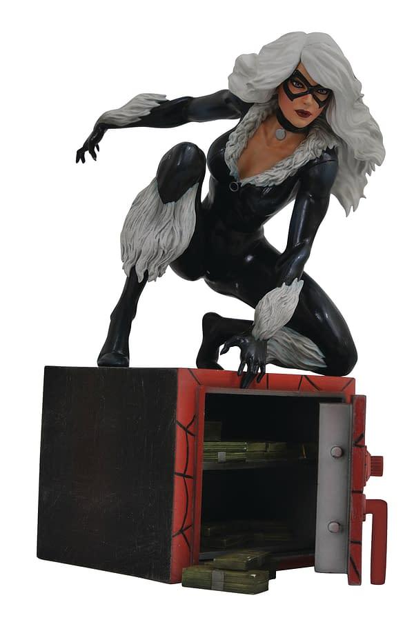 Black Cat Gallery Statue Diamond Select Toys