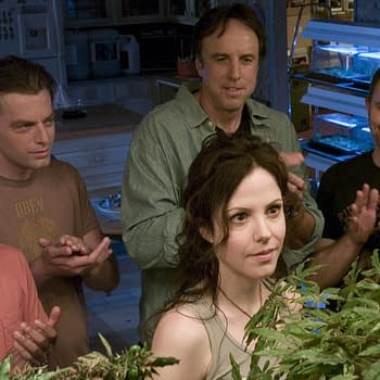 Weeds: STARZ Scores Mary Louise Parker-Starring Sequel Series