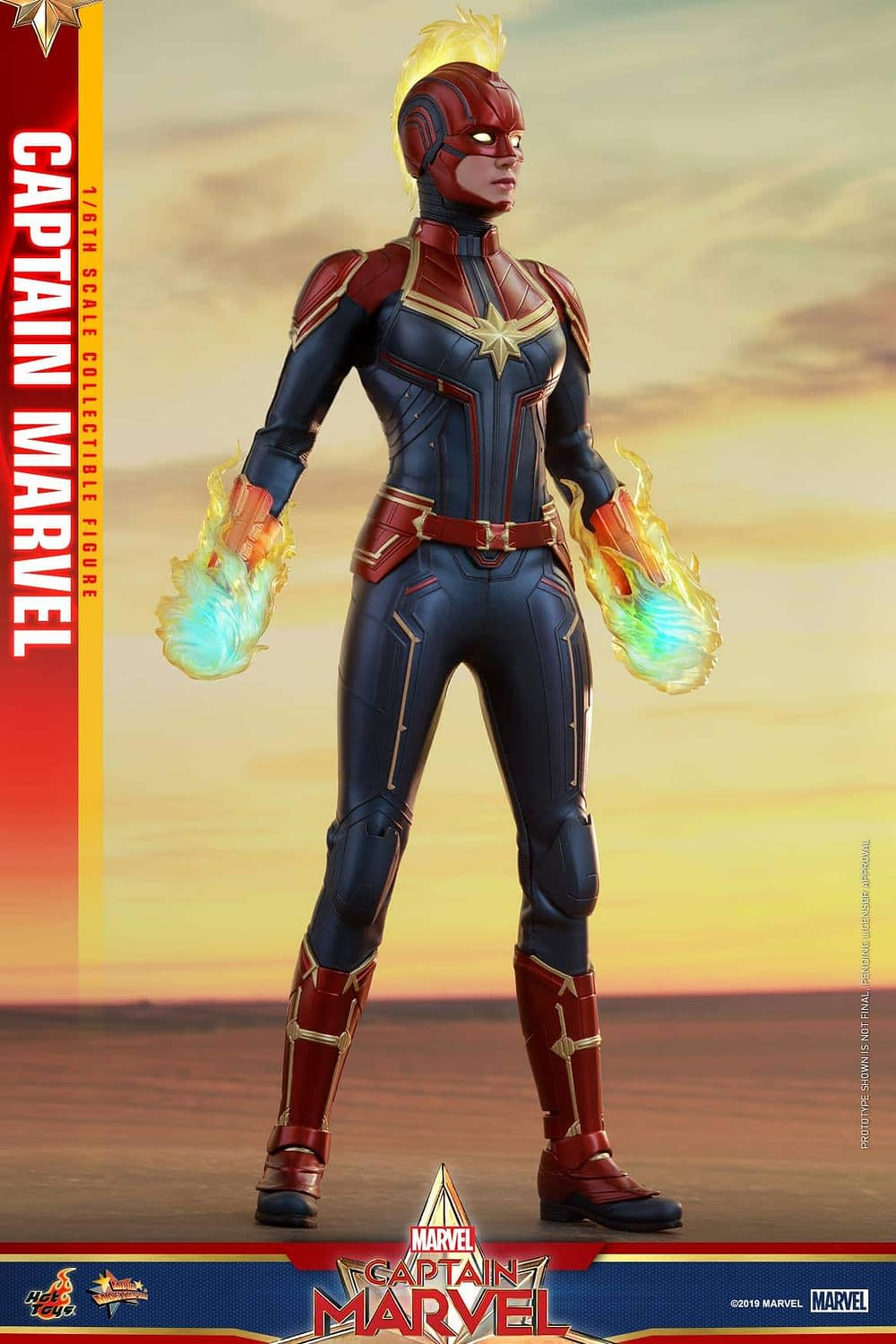 Hot Toys Captain Marvel 11