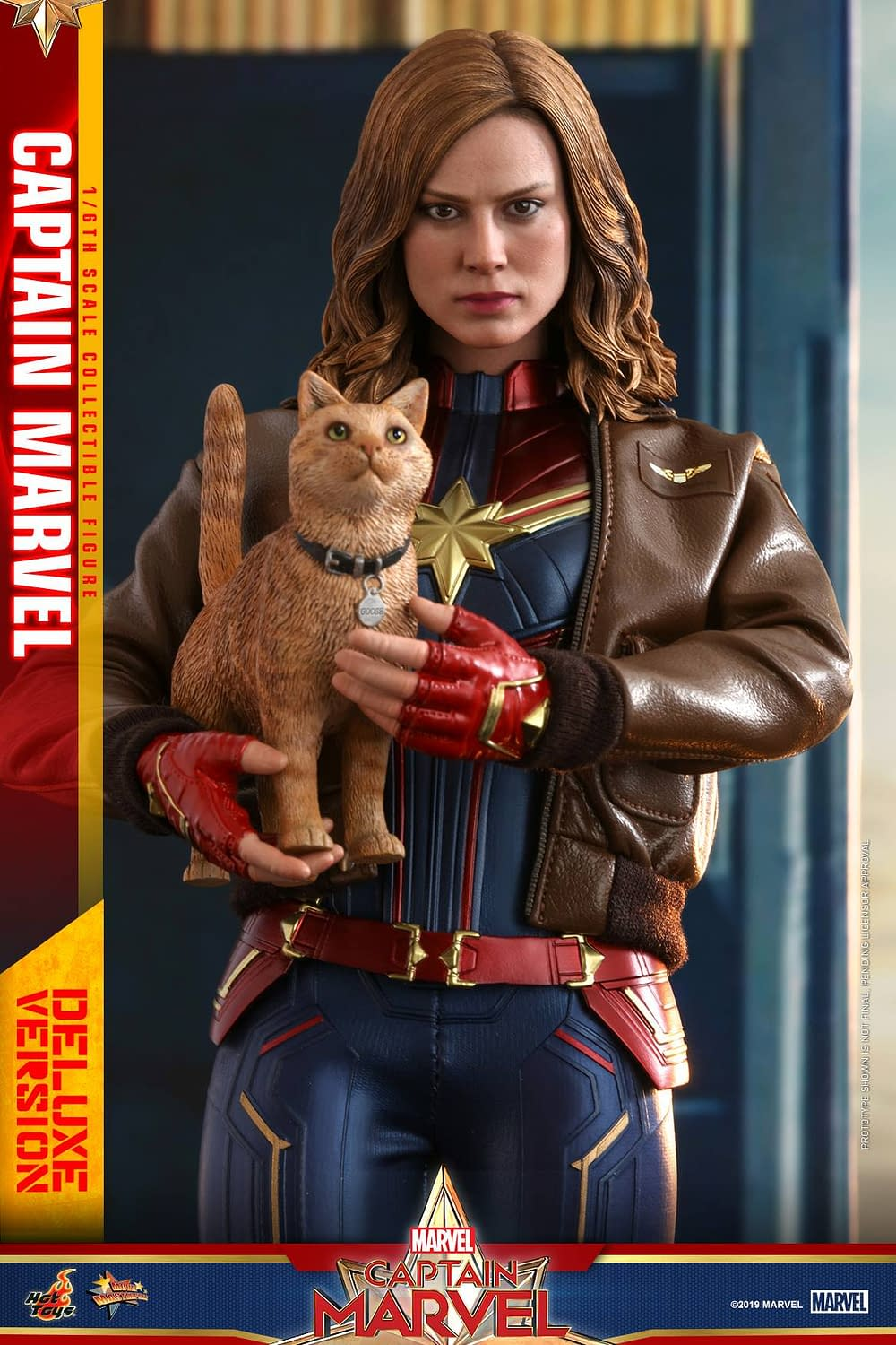 Hot Toys Captain Marvel 17