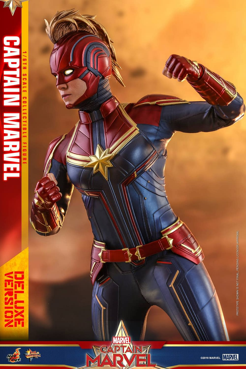 Hot Toys Captain Marvel 27