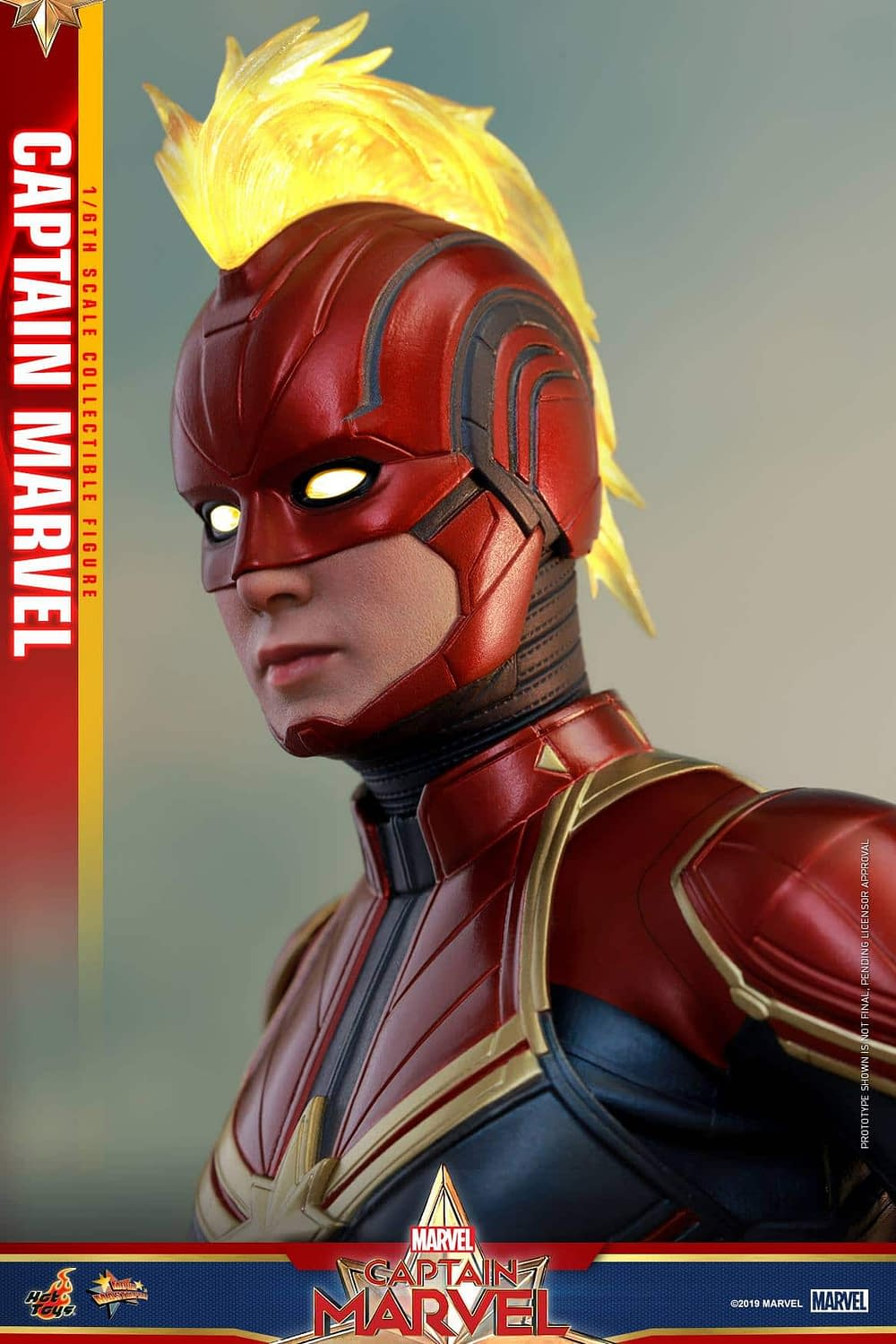 Hot Toys Captain Marvel 3