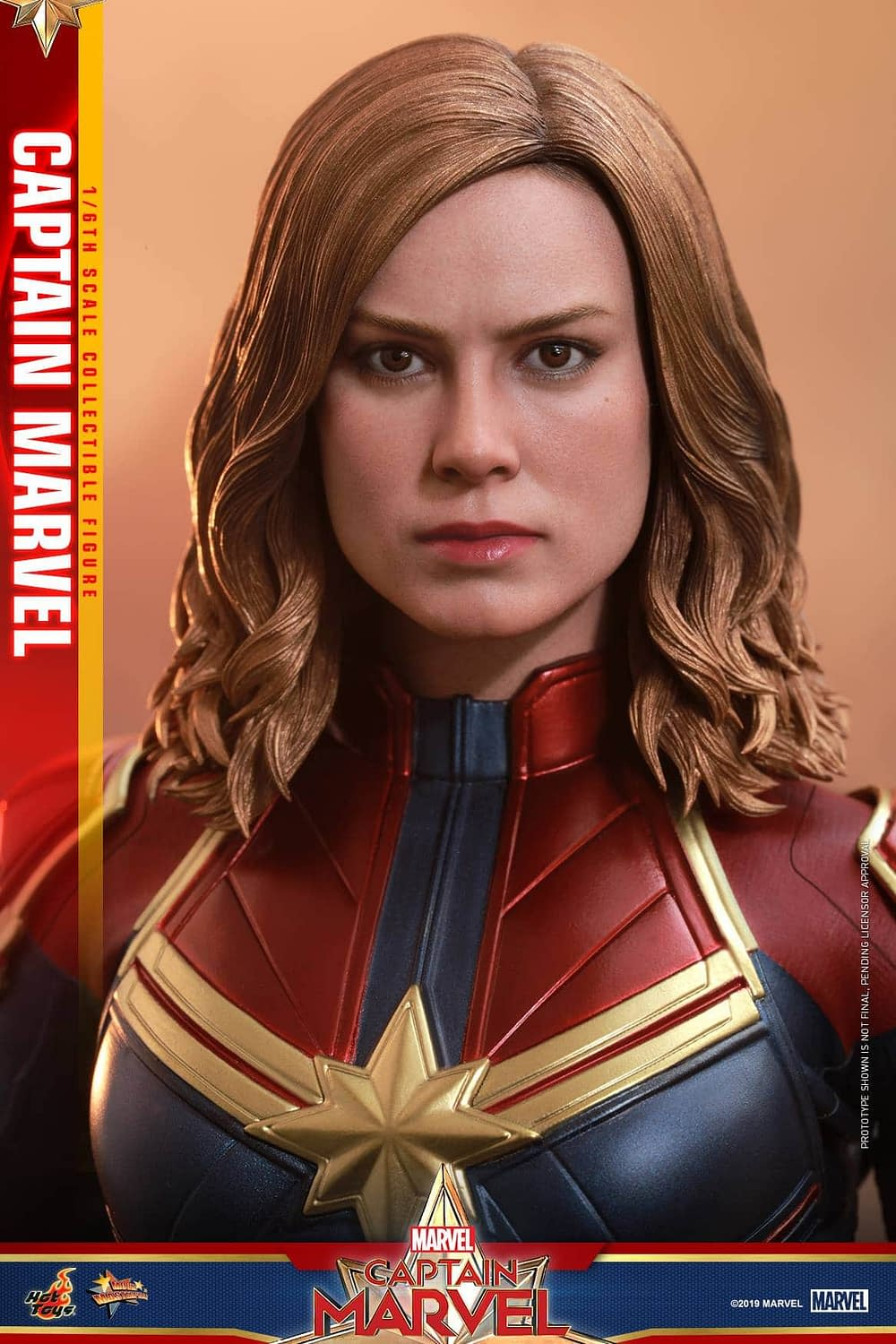 Hot Toys Captain Marvel 5