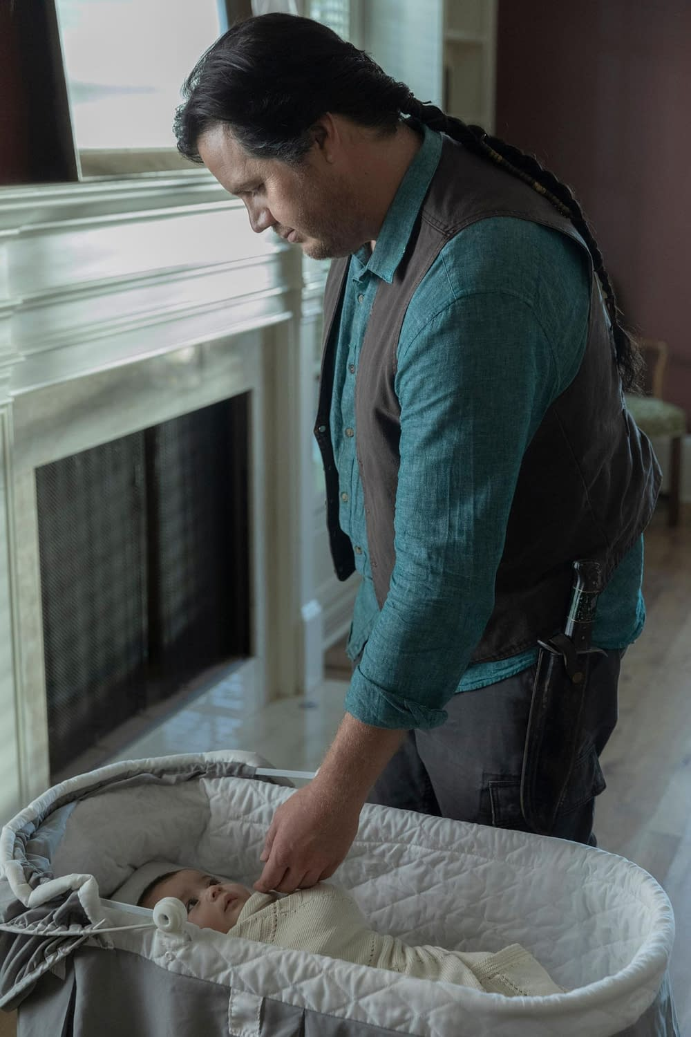 """""""The Walking Dead"""" Season 10: Our First Look at Rosita's Baby Girl Coco [IMAGES]"""