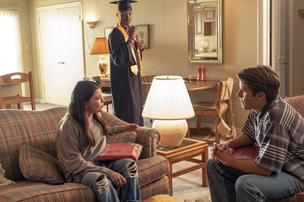 'This Is Us' Season 3, Episode 14 'The Graduates': How Long Can Kevin Hide His Secret? [PREVIEW]