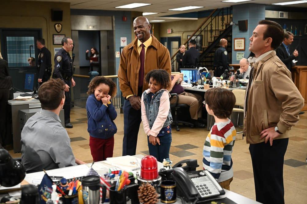 """Brooklyn Nine-Nine"" Season 7 ""Ding Dong"": Boyle REALLY Wants Those ""Kwazy Kupcakes"" Tix [PREVIEW]"