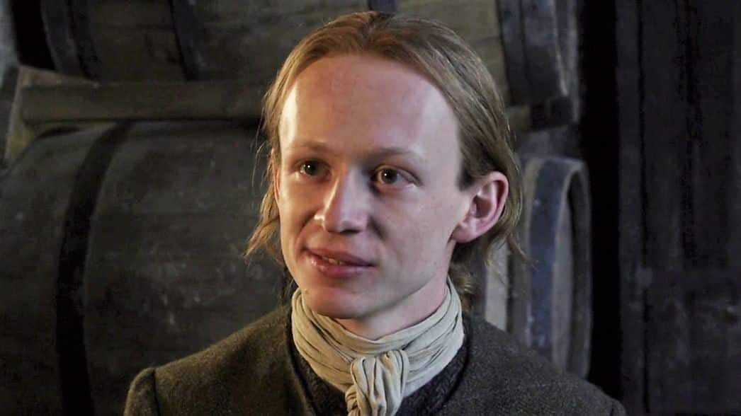 John Bell (Young Ian) Gives Fans Tour of 'Outlander' BTS